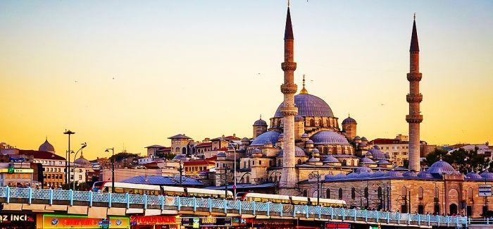 比格·欧列:伊斯坦布尔双年展背后的政治