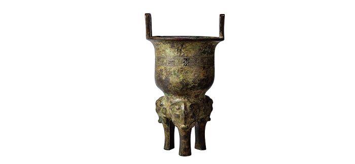 承载千年历史的商周青铜甗