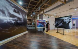 澳大利亚首届新锐华人摄影师及导演光影作品展开幕