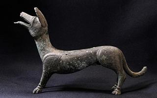 独特的发现:英国现罗马时期铜制小狗雕像