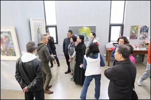 林一征抽象表现主义 减墨系列中国首展《蝶骚》开幕