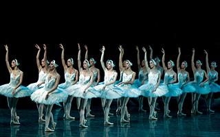 立陶宛芭蕾舞剧《天鹅湖》来了 演出阵容值得期待