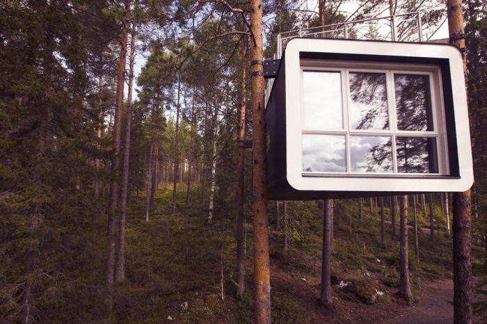 adaymag-the-treehotel-in-harads-sweden-like-something-out-of-a-fairytale-01