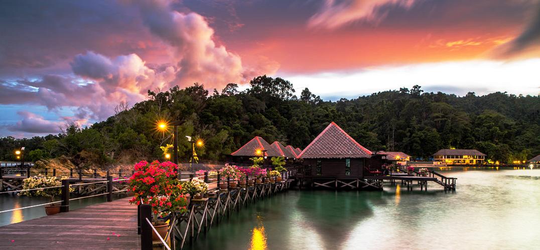 加雅岛:混沌又幸福的长日