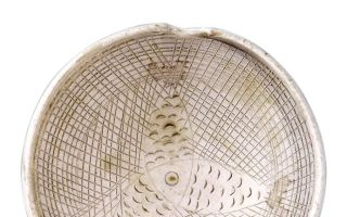 寿州瓷黄 三鱼戏水
