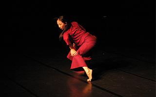 用舞蹈讲述祖母的故事