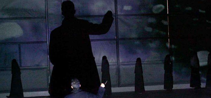 《黑夜黑帮黑车——影像的复仇》:新颖的话题作品