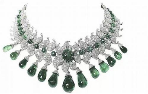 印度巴罗达大公夫人(Maharani of Baroda)的项链