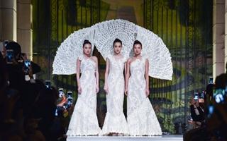 日本婚纱女王的高定盛宴 2018ss上海高定周璀璨上演