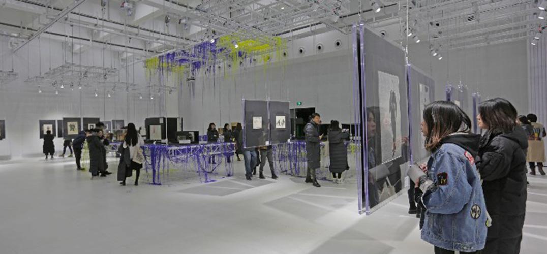 世界舞美大师古尼拉作品展在中央戏剧学院开幕