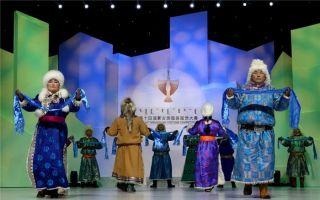 图图:绽放在艺术之巅的蒙古族服装服饰