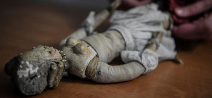法国将拍卖200多年前宫廷娃娃 造型精美富有时代特点