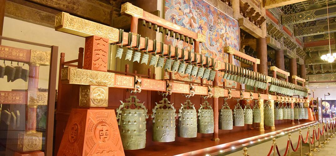 """故宫成为""""网红""""的秘籍:让藏在深宫里文物活起来"""