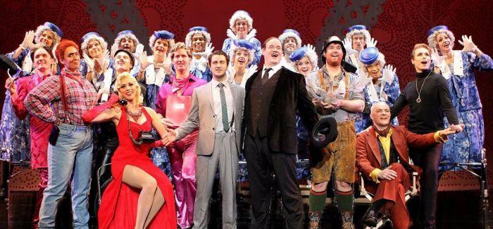 百老汇《金牌制作人》 首次来华 演绎经典之作