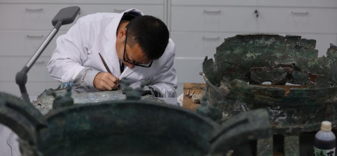 故宫文物医院开张 观众可预约参观文物修复过程