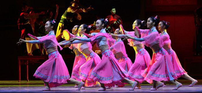 舞剧结构的探索和情感的表达 推动了发展与创作