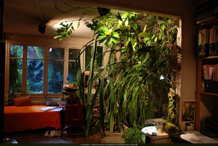 indoor-and-outdoor-vertical-garden-patrick-blanc-home-creteil-2008-1200x803