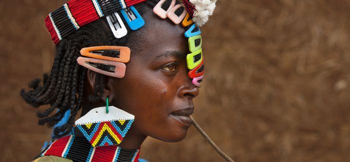 """埃塞俄比亚:""""被太阳晒黑脸庞""""的古老土地"""