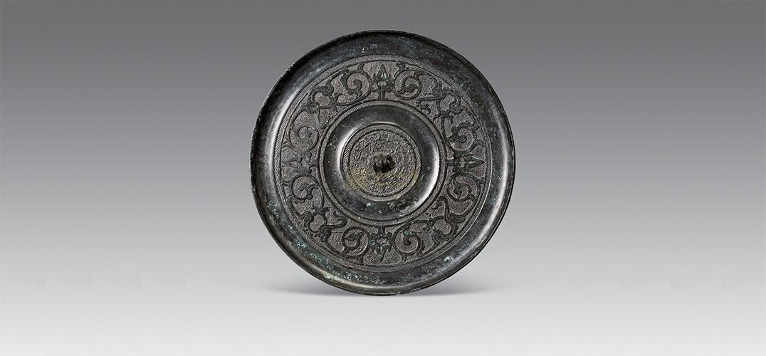 海盐县博物馆展出绍兴出土的80余面铜镜
