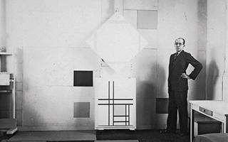 蒙德里安的画室:如实验室般洁白无瑕