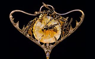 他设计的每一件珠宝 都可以称之为艺术品