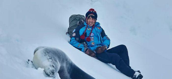 """一部用感情来温暖""""南极""""的电影"""