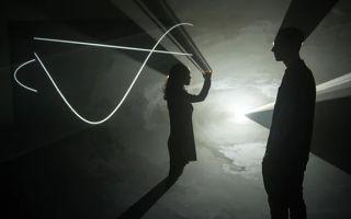 """安东尼·麦考尔的""""立体光线"""""""
