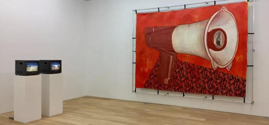 姜俊:违和的射击剧场——金阳平个展