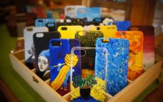 手绘手机壳工坊 把颜色绘在你的手机壳上