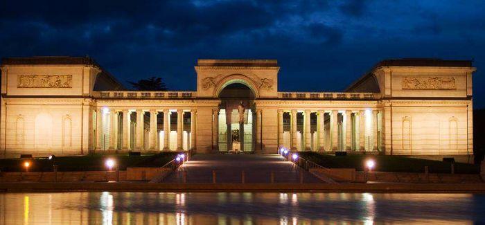 以政府购买服务方式支持非国有博物馆发展