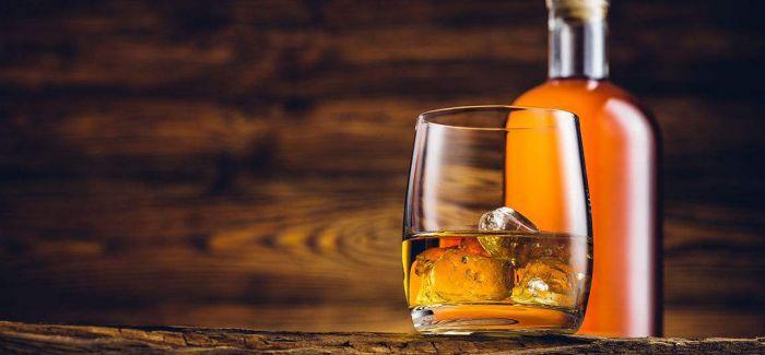 你好 来一桶威士忌!