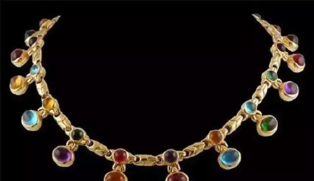 藏头诗珠宝,这才是最浪漫的珠宝密语!
