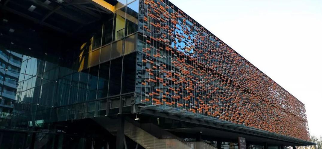日本建筑师隈研吾将船厂旧址改造为时尚艺术中心