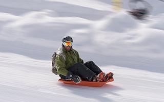 雪上漂移 也可以让你一骑绝尘