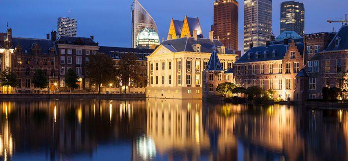 """荷兰公立美术馆与私人美术馆的""""相爱相杀"""""""