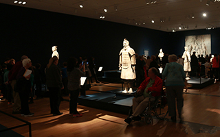 赴一场展览 感受历史与文化的力量