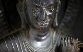 尼泊尔非法外流的失窃文物回家
