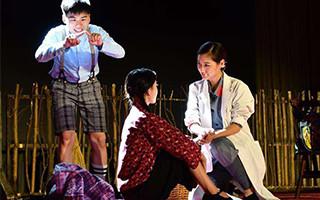 草原之星 报藏民养育之恩 扎根藏区教育事业