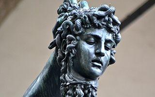 美杜莎:女性力量永恒的象征