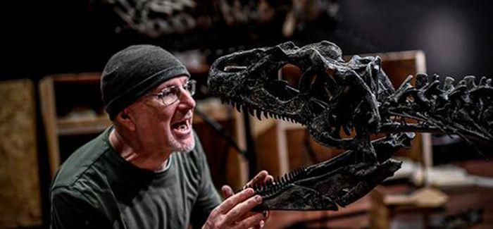 不明身份买家140万欧元竞走两具恐龙遗骨化石