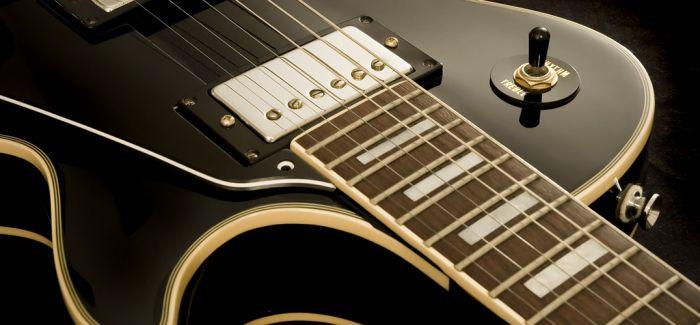 两把吉他的对话