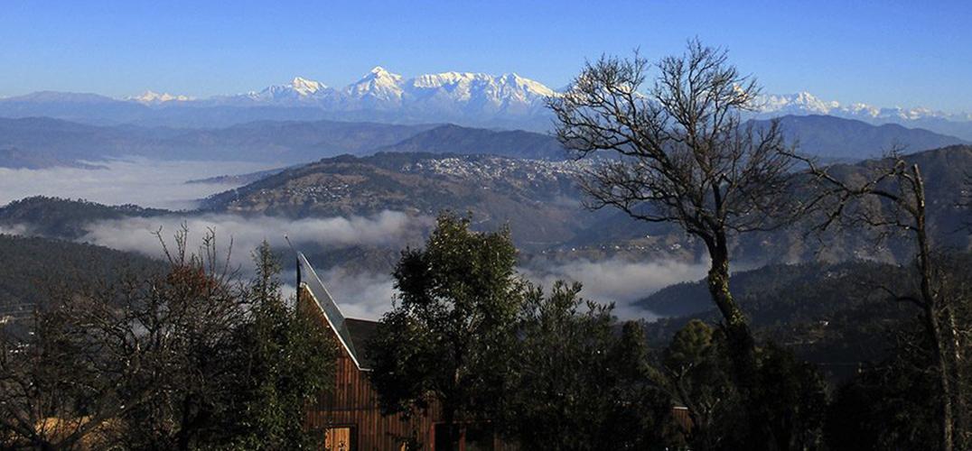 建在海拔2000米小屋