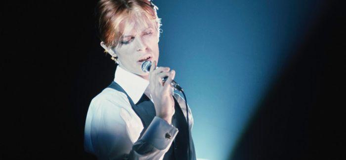 """有一种科幻叫做""""David Bowie"""""""