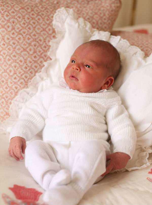 凯特第三个儿子路易斯王子(图片来源于dailymail)