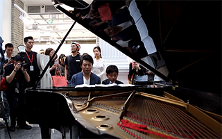 专访丨郎朗:艺术与音乐相通