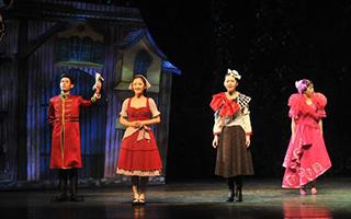 音乐剧《灰姑娘》首次完整使用虚拟乐团技术