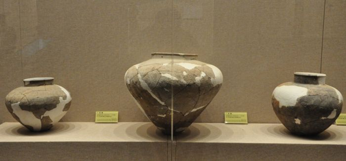 天门博物馆300余件石家河遗址出土文物首亮相