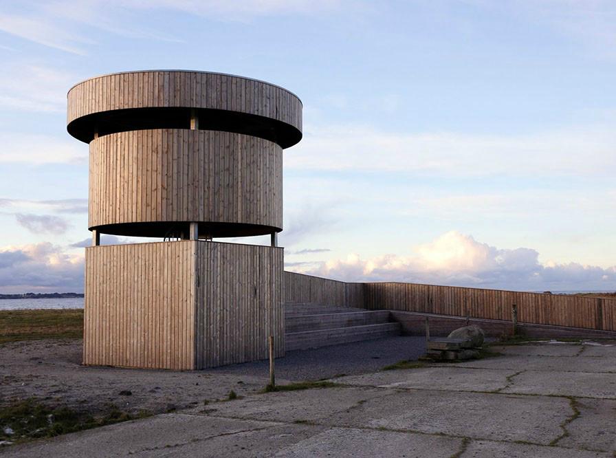 柔软的外表下,那是孤独坚强的灵魂丨挪威木制观鸟塔第3张图片