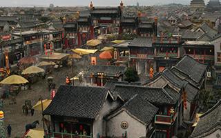 《进京城》再现徽班晋京的盛世场面