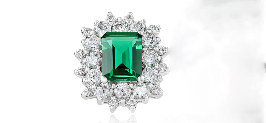 挑选祖母绿戒指的小妙招 了解一下